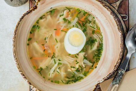 Суп Куриный бульон с пшеничной лапшой