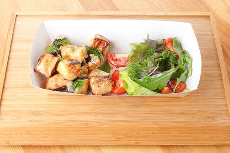 Салат с баклажанами и индейкой