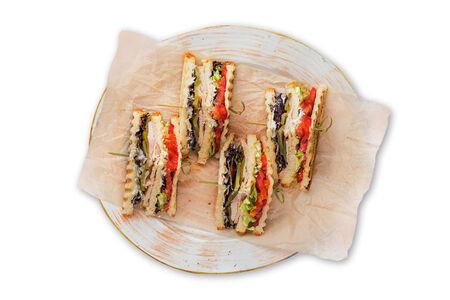 Клаб сэндвич с лососем