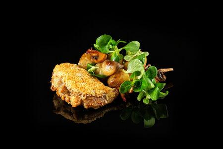 Цыпленок с картофелем и грибами