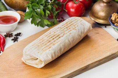 Шаурма с картофелем фри и сыром