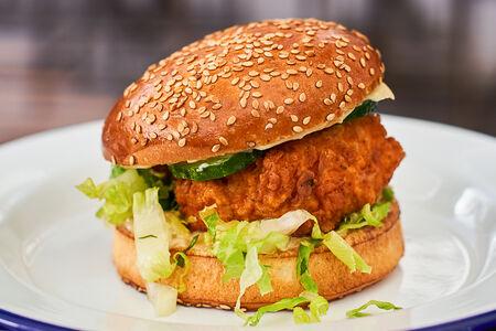 Бургер Цезарь с курицей