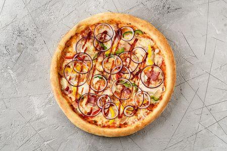 Пицца Барбекю с курицей и беконом
