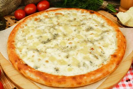 Пицца Бьянка Четыре сыра