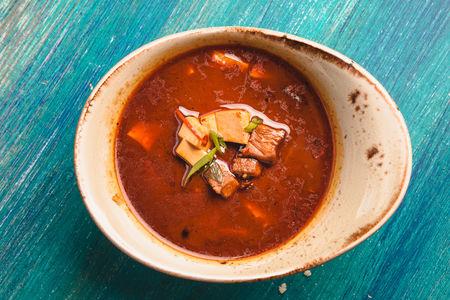 Острый сычуаньский суп