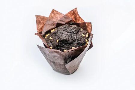 Маффин шоколадный с вишней