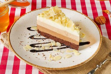 Торт мусс Три шоколада