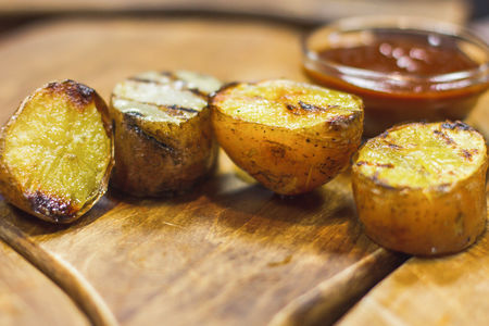 Печеный картофель гриль
