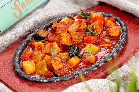 Сковорода со свининой и овощами