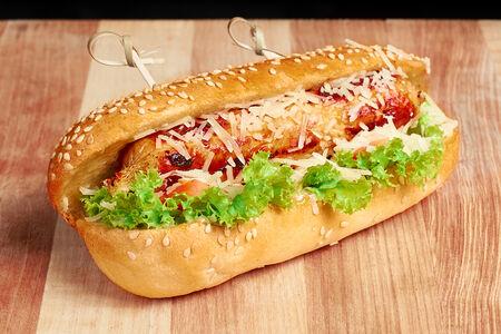 Хот-дог с куриной колбаской