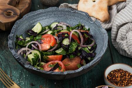 Салат по-грузински со специями