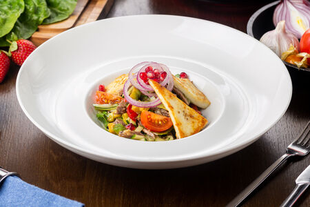 Салат из телятины с соусом ля монгресс