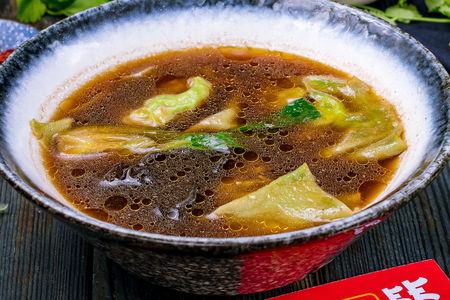 Суп с вонтонами