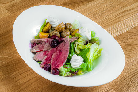 Гранд салат с уткой
