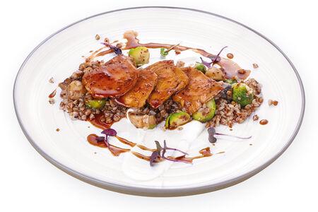 Куриное филе по-азиатски с гречкой и сливочным муссом