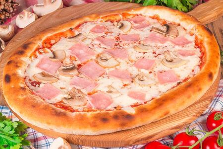 Пицца Прошутто Фунги на пышном тесте