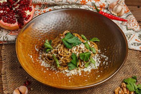 Цельнозерновая паста с соусом из шпината