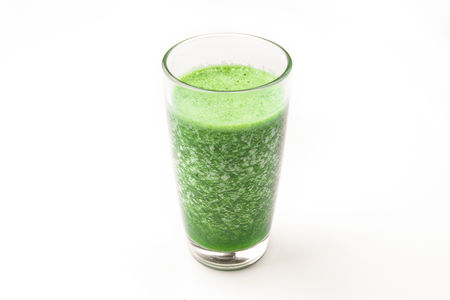 Зеленый коктейль с фруктами