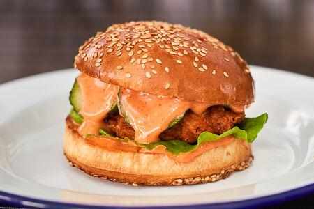 Бургер Острый с курицей