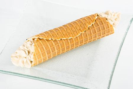Каннеллони с легким карамельным кремом