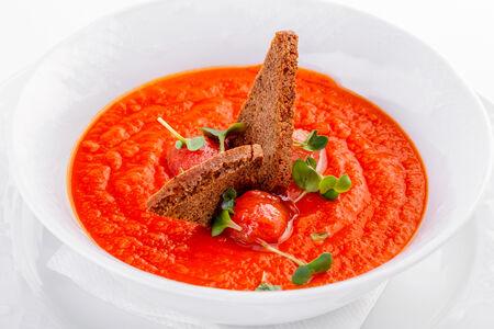 Томатный суп Паппа ди Помодоро