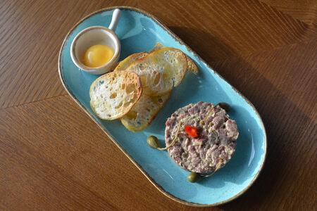 Традиционный тартар из говядины