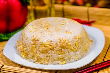 Рис по-китайски с яйцом