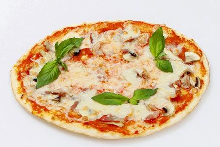 Пицца Капричиоза грибная