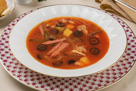 Суп Солянка домашняя