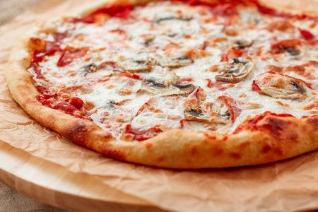 Пицца Прошутто-Фунги