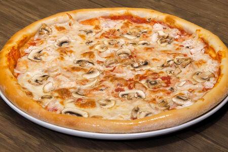 Пицца Грибная курица