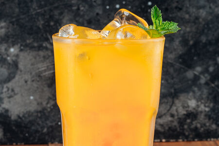 Холодный чай манговый