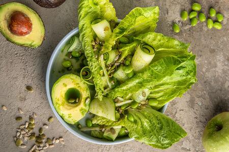 Салат Овощной с авокадо