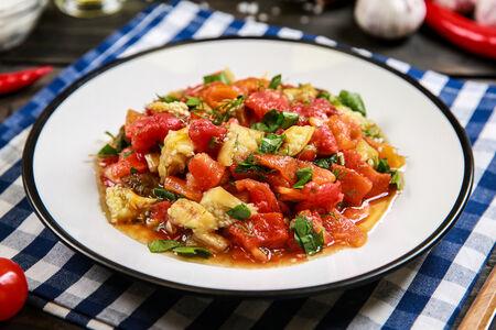 Cалат из печеных овощей на мангале