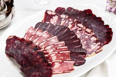 Ассорти мясных деликатесов от тульских фермеров