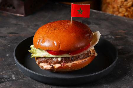 Бургер по-мароккански из говядины