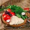Фото к позиции меню Овощная корзина с сыром Сулугуни