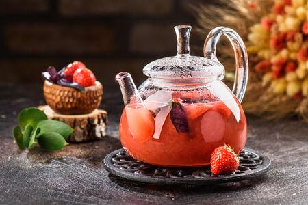 Чай Клубника-базилик