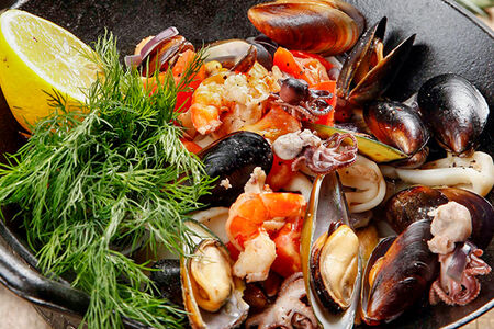 Садж с морепродуктами