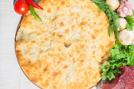 Осетинский пирог с говядиной и грибами (1200 г)