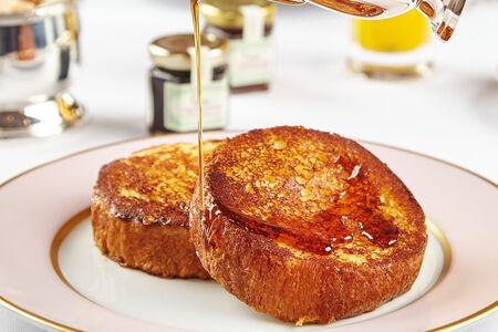 Французские тосты с кленовым сиропом