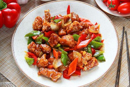 Свинина с овощами в соевом соусе