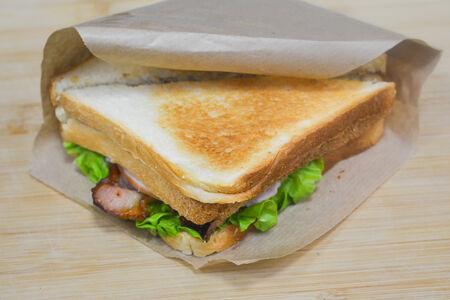 Сэндвич Ветчина-бекон