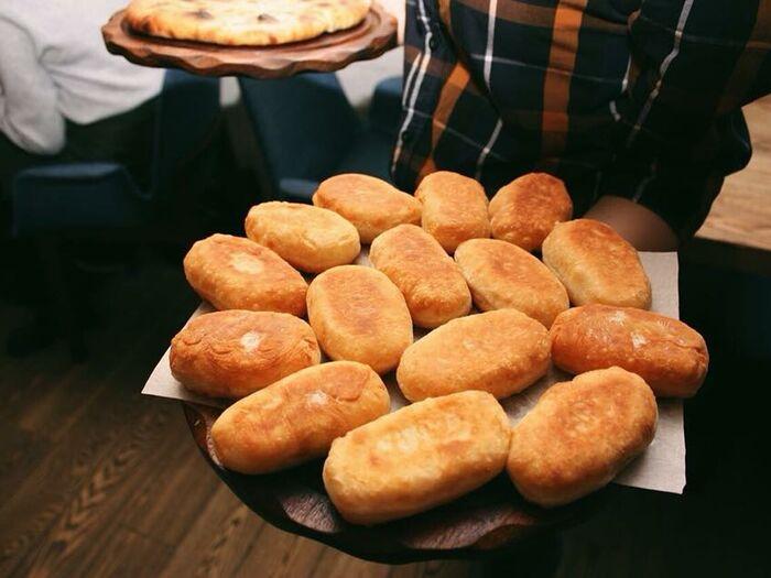 Домашний пирожок с картошкой