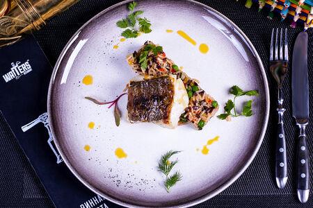 Филе трески с рисом в паназиатском стиле