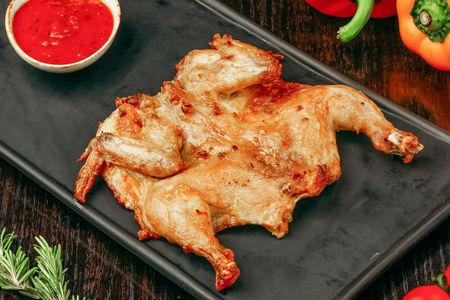 Печеный цыпленок на гриле
