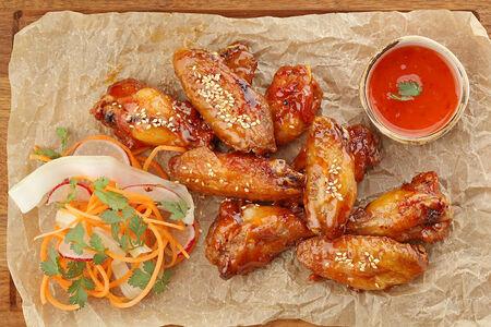 Куриные крылья в тайском соусе чили