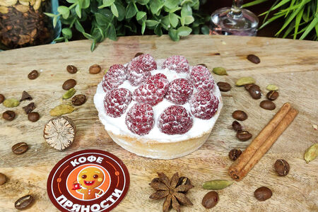Пирожное тарталетка малиновая