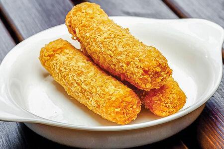 Смаженый сыр с беконом