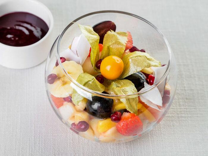 Салат из десяти фруктов